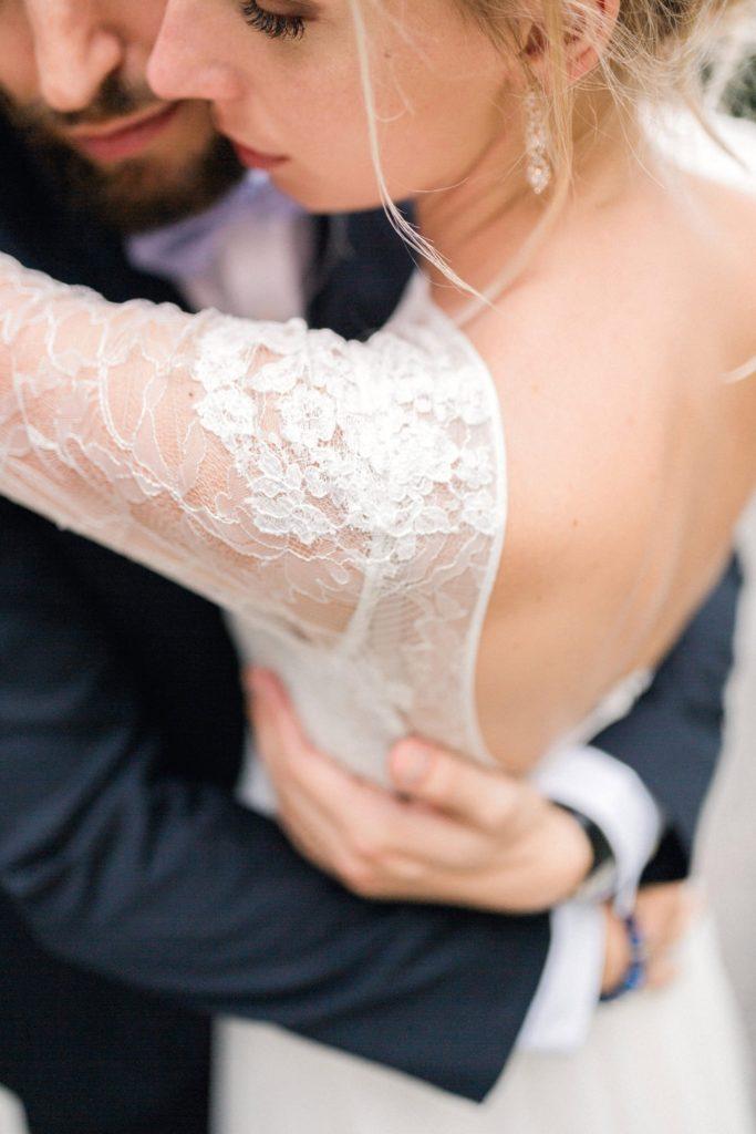photographe mariage bordeaux cap ferret arcachon dentelle detail couple