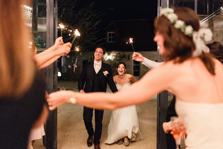 photographe mariage bordeaux dordogne fauconnie cap ferret arcachon reception cierges magiques scintillants joie