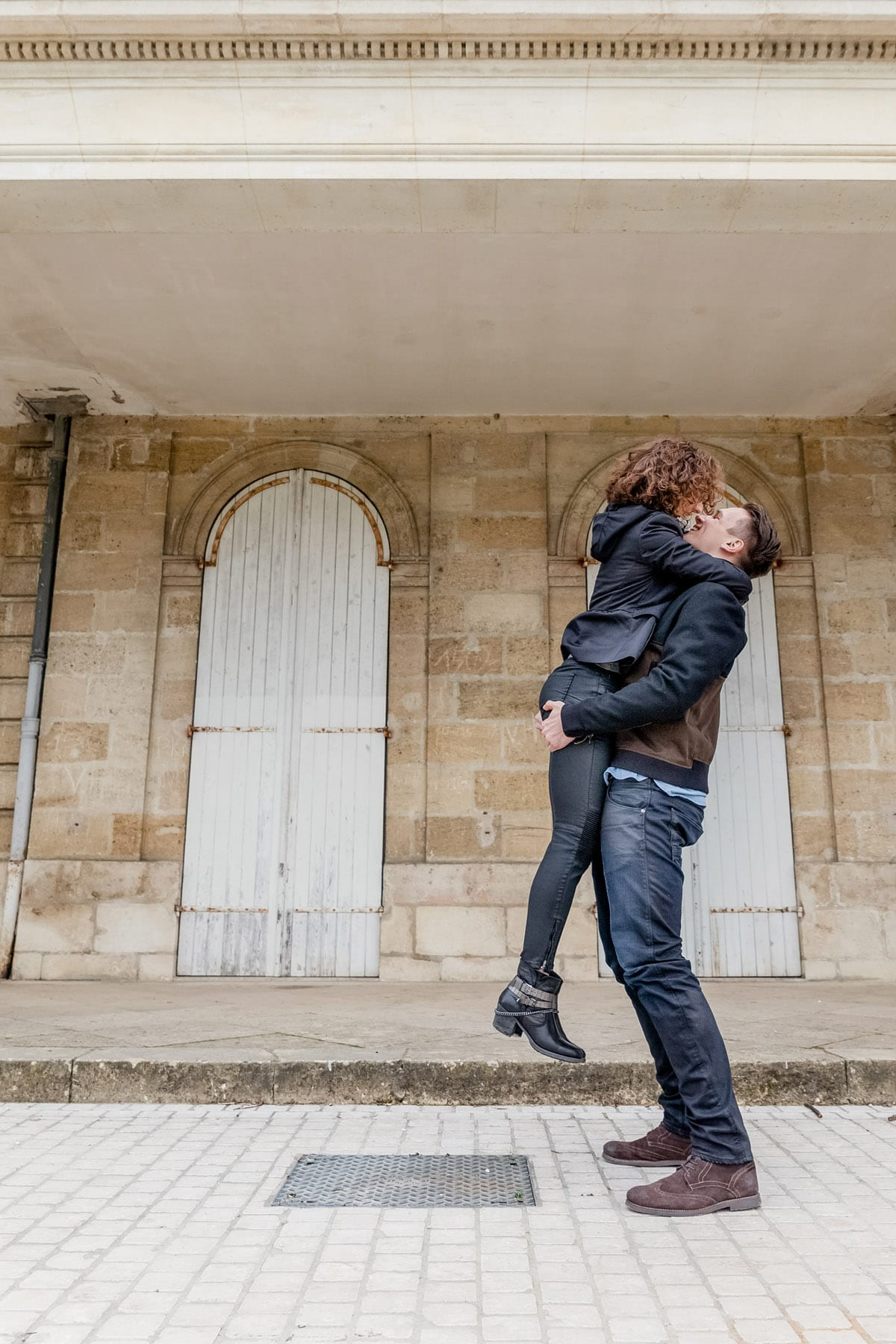 photographe st valentin couple love session engagement bordeaux seance photo lifestyle fineart francais sarah miramon liona azbe 05