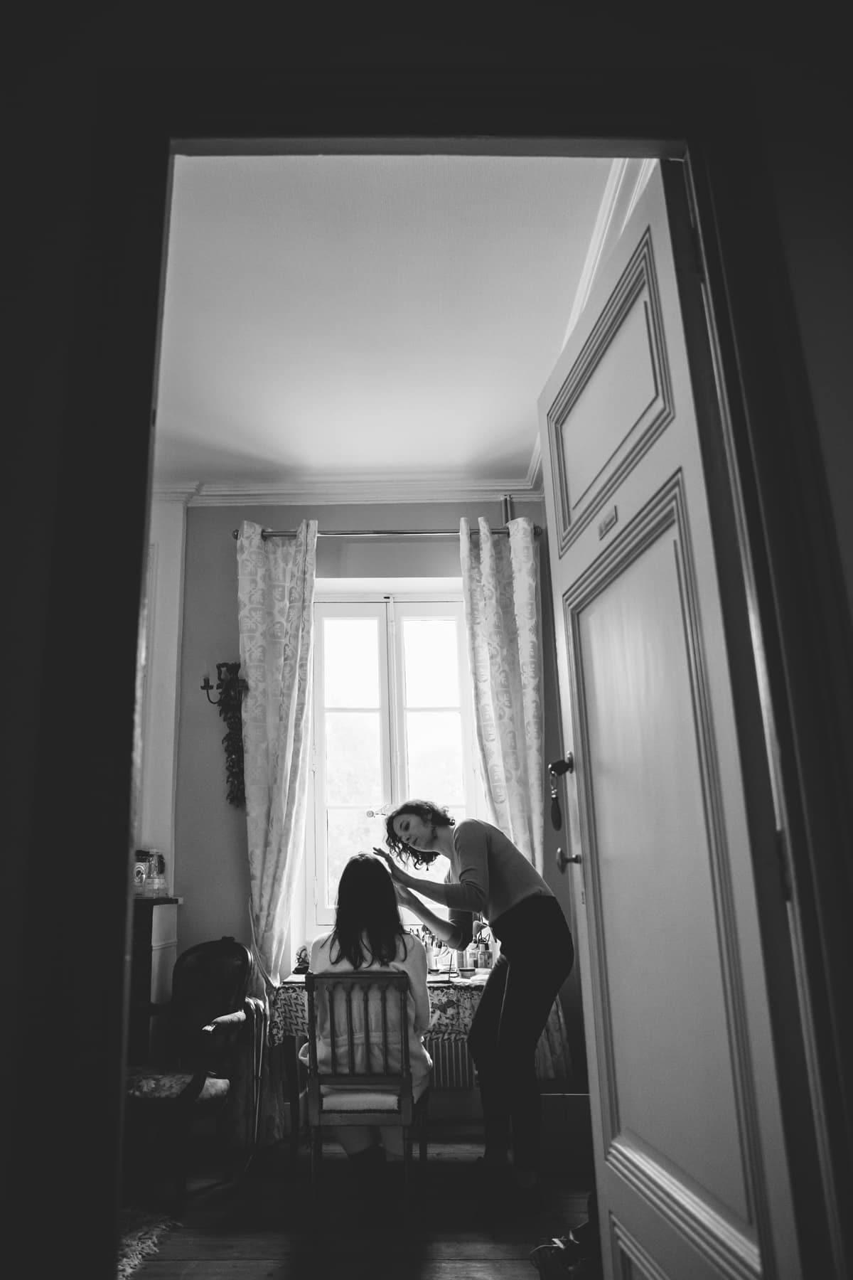 Les préparatifs de la mariée au Chateau de l'Isle Medoc, près de Bordeaux