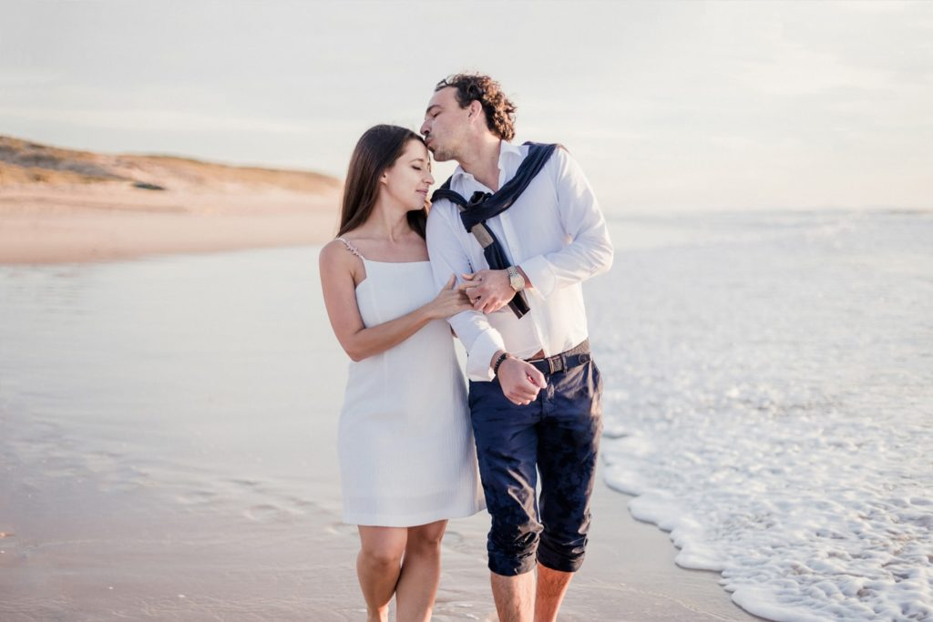photographe mariage couple bordeaux cap ferret arcachon engagement love session plage